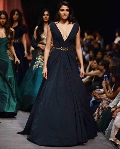 Lakme Fashion Week collections by Manish Malhotra