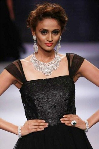 Avantika and dhruv singh designs iijw 2015