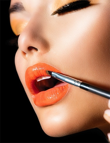 Coral Lipsticks For Monsoon