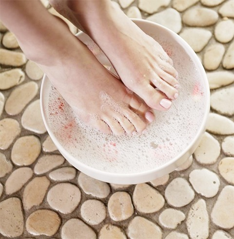 remove dead skin cells from feet