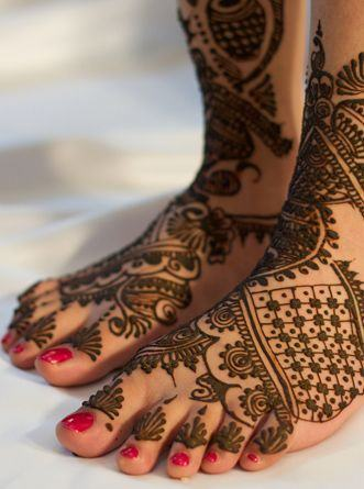Henna Mehndi Designs on Feet