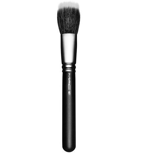 MAC 187 Duo Fiber Face Brush