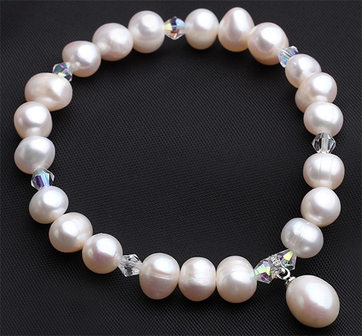 Health benefits of pearl jewellery