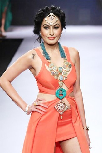Kamya Punjabi at IIJW 2015 Day 2