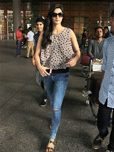 Kriti Sanon in Denims