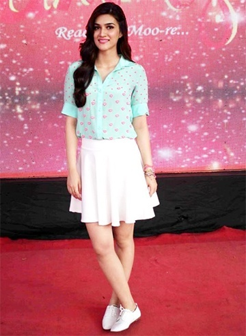 Kriti Sanon in pastel coloured separates