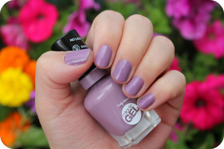 Top Best Long Lasting Nail Polishes