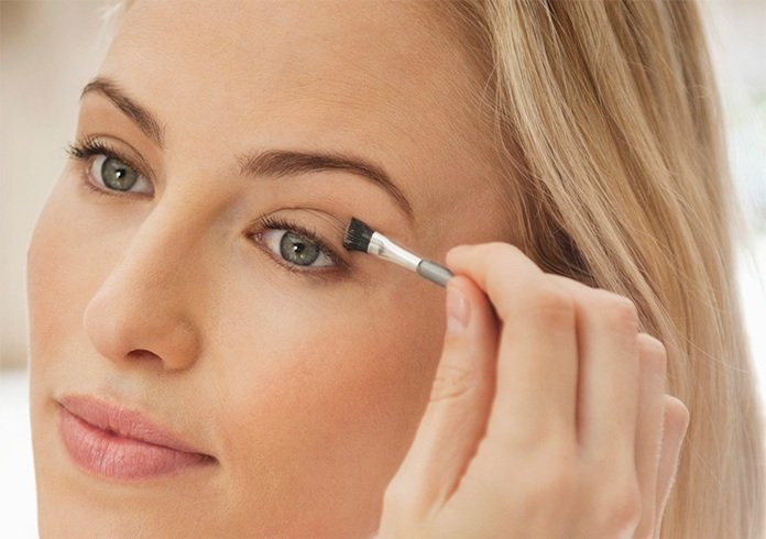 Makeup Tips for Women Over 40, easy make up tips for over 40