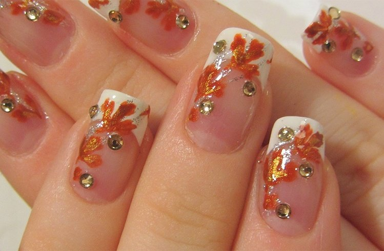 Nail art for bride