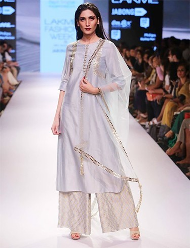 Payal singhal lfw creations