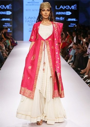 Ritu Kumar crations at LFW 2015