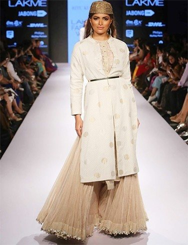 Ritu Kumar outfits at LFW 2015