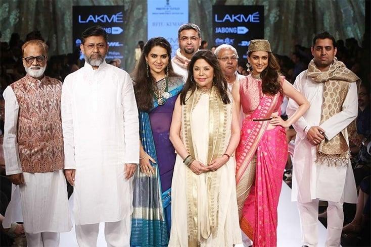 Ritu Kumar team at LFW 2015