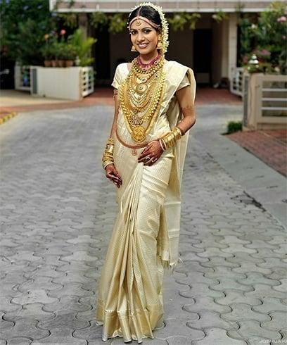 South Indian Wedding Poses with Saree