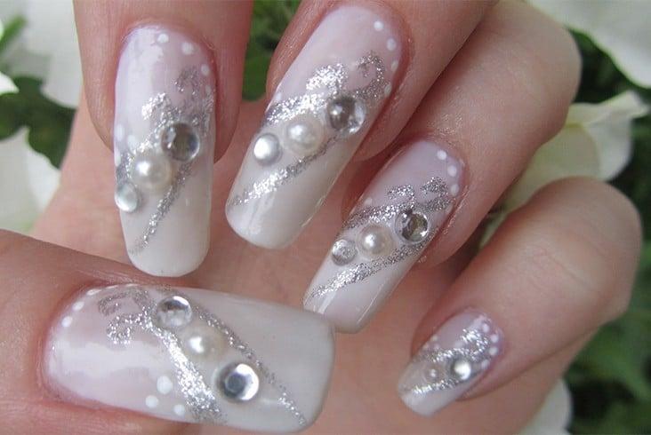 Wedding nail arts