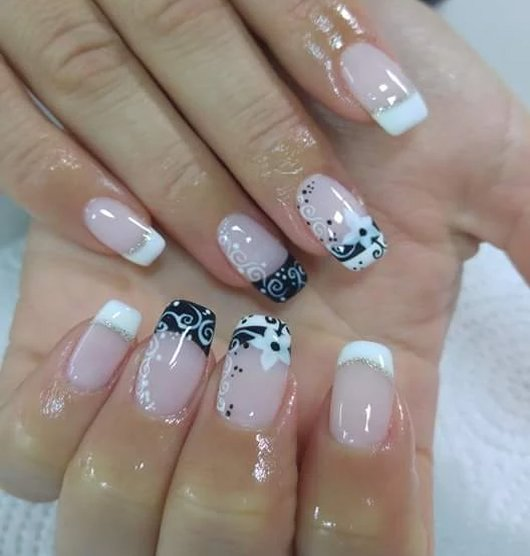 Amazing Art Design : Beautiful nail art designs just for you