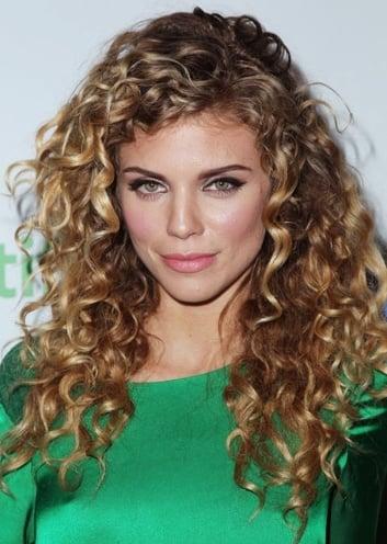 Celebrities curly hair