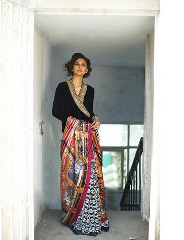 Pakistani Woman Fashion