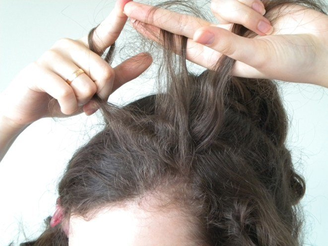 Styling Tips For Curly Hair