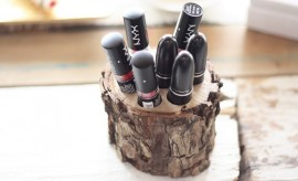 DIY Lipstick Holder