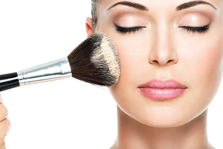 Use of natural makeup