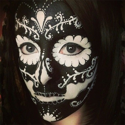 Out-Of-The-Box Sugar Skull Makeup Ideas