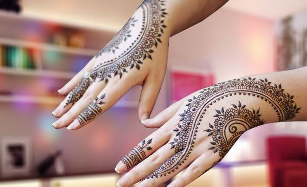 Back Hand Mehndi Design ideas