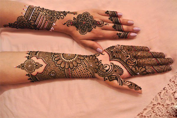 Mehndi Design Ideas for karva chauth