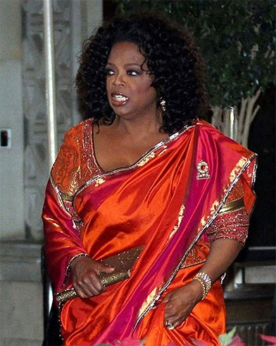 Oprah in a silk Tarun Tahiliani saree