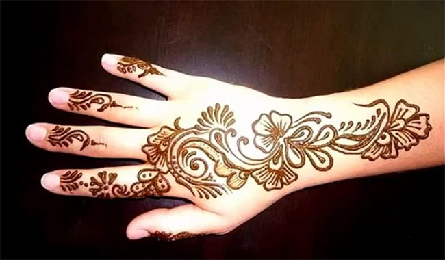 Simple Henna Designs karva chauth