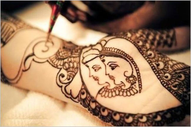 Traditional Karva Chauth couple Mehndi Design Pictures
