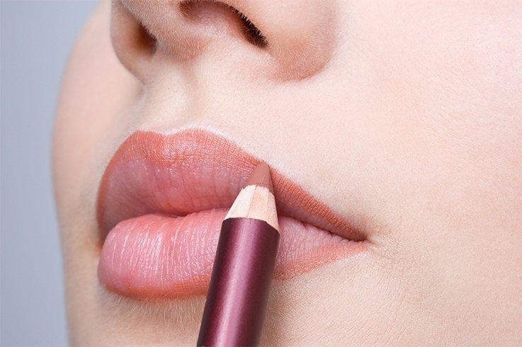 Fuller lips with lip liner