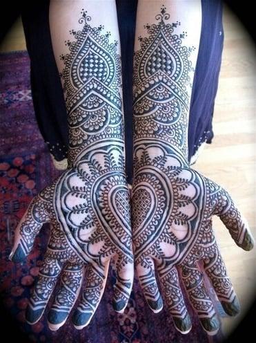 karwa chauth special mehndi design