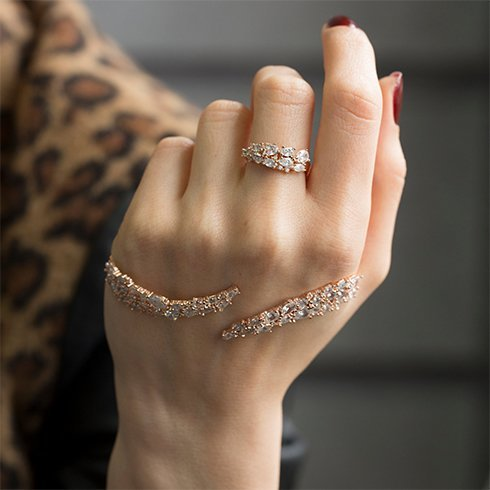 palm cuff bracelet with midi rings