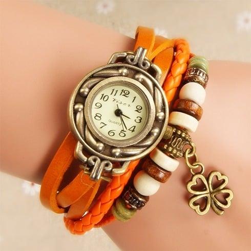 Bracelet watch in Orange
