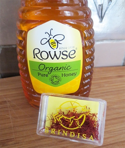 Saffron and Honey Face Mask