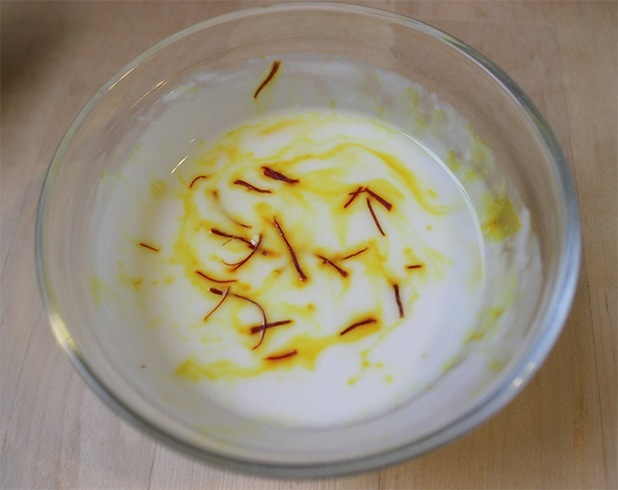 Saffron and Milk Face Mask