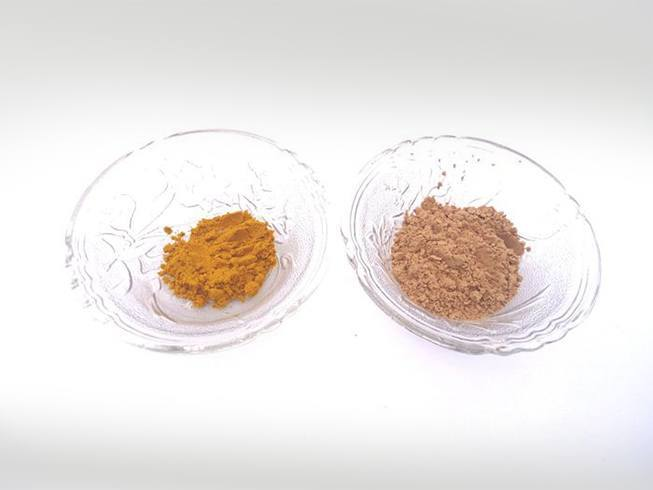 Sandalwood and turmeric powder