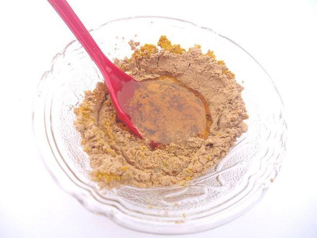 Sandalwood powder for skin fairness