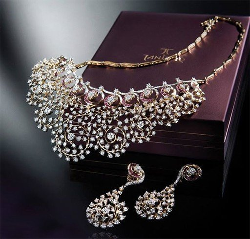 Tanishq diamond jewellery