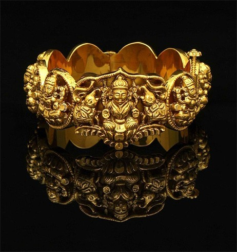 Temple design jewellery