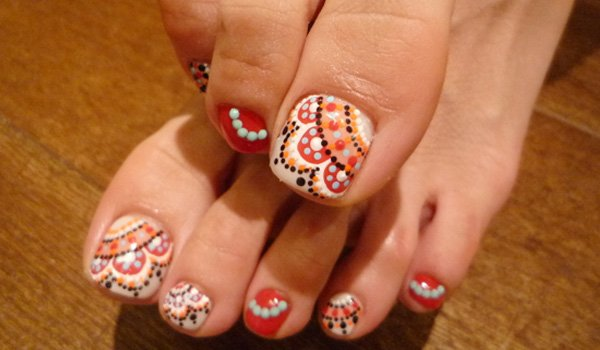 Festival nails designs for the toe to flaunt at diwali featuredimage prinsesfo Choice Image