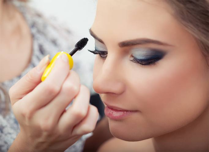Slim Your Face Makeup Tricks
