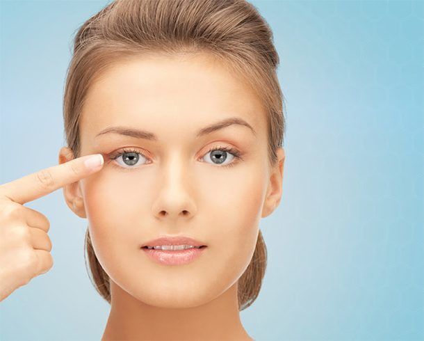How To Stop Dry Skin On Eyelids From Irritating Your Eyes!