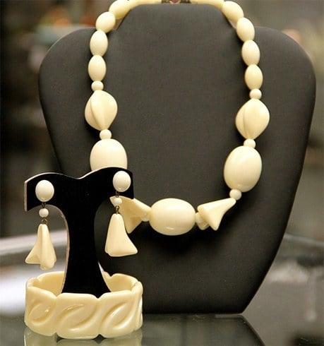 Ivory Jewellery
