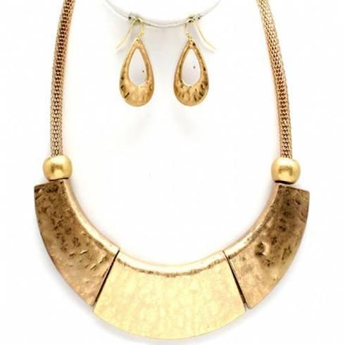 Hammered jewelry designs