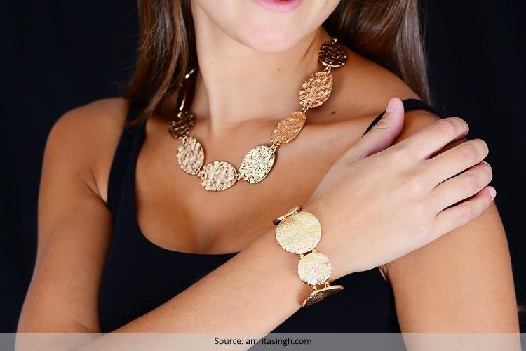 Hammered jewelery