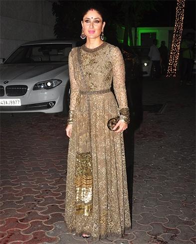 Kareena Kapoor in Sabyasachi Mukherjee outfit