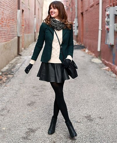 Skater skirt with tights