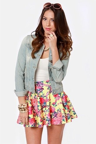 What to wear with a skater skirt in winter